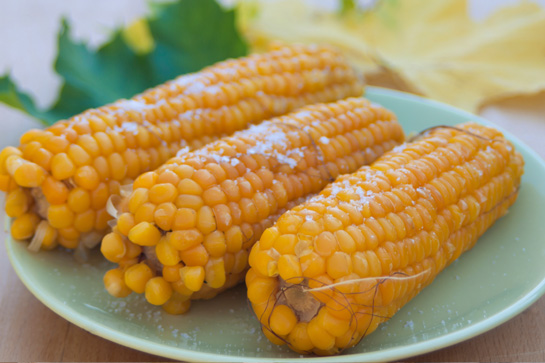 Easy recipe to cook corn on the cob in the microwave.