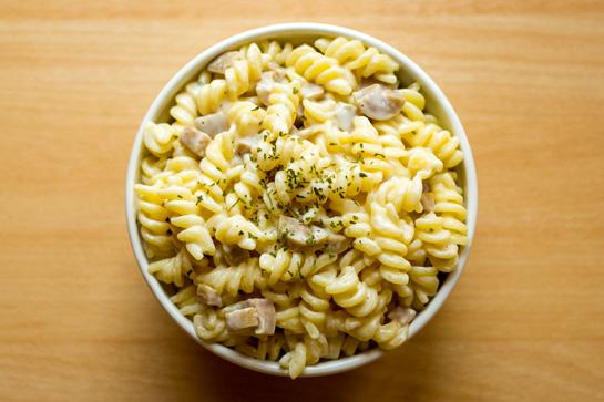 Easy microwave macaroni and cheese recipe.