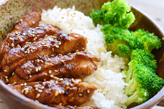 Delicious and easy-to-make chicken teriyaki with just 3 ingredients.